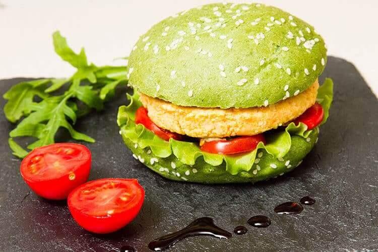 Вегетарианский бургер фото