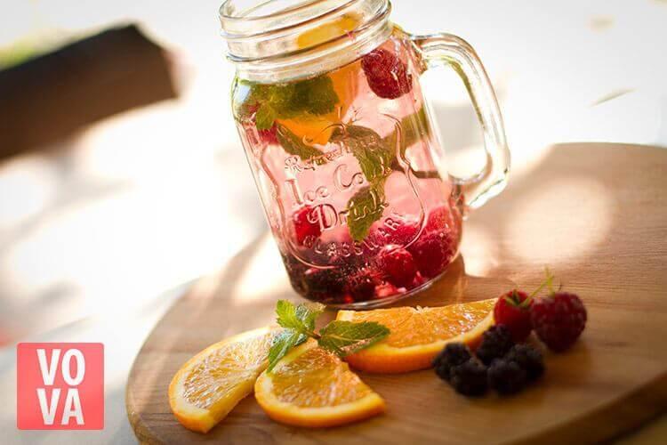 Как сделать домашнюю питьевую воду вкусной и полезной