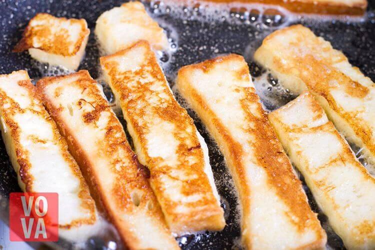 обжарка хлебных палочек