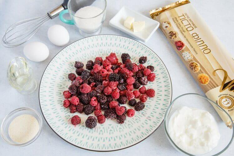 ингредиенты для ягодного пирога